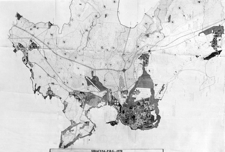 1 - PRG del Comune di Siracusa; in collaborazione - Tavola di piano