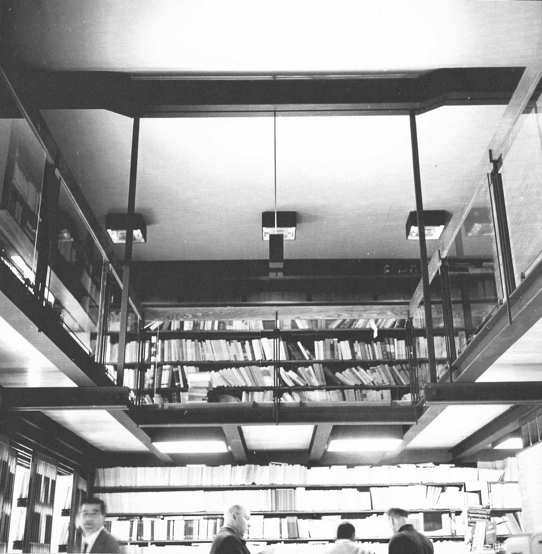 4 - Libreria Kappa in viale Ippocrate, Roma; con M. Brunelli - Vista interna