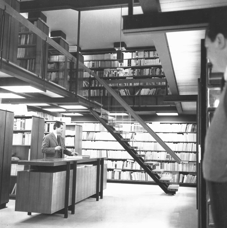 6 - Libreria Kappa in viale Ippocrate, Roma; con M. Brunelli - Vista interna