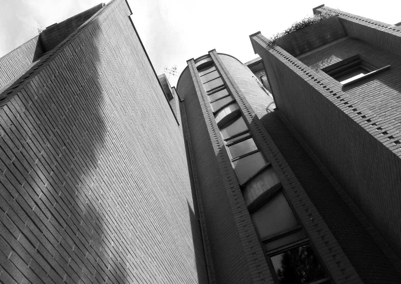 11 - Palazzina residenziale in via Giovanni Acquaderni, Roma - Vista esterna di dettaglio