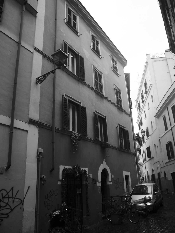 12 - Ristrutturazione di due immobili in vicolo del Bologna, Roma - Trastevere - Vista esterna