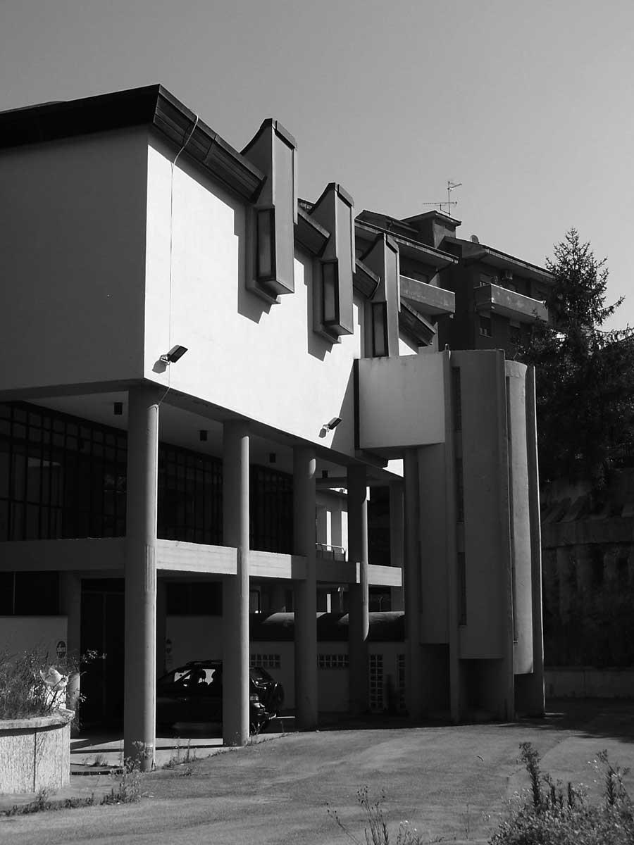 15 - Palazzo Pretorio e Uffici Giudiziari in via Donizetti, Albano Laziale (RM) - Vista esterna sud