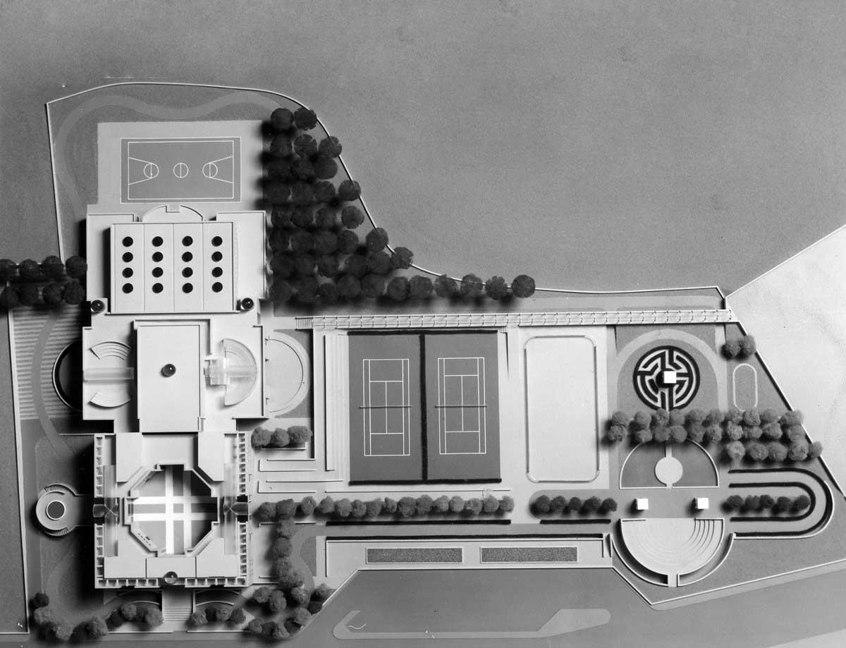 14 - Progetto del centro civico di quartiere a Roma - Torrenova, bando del Comune; in collaborazione - Vista del plastico
