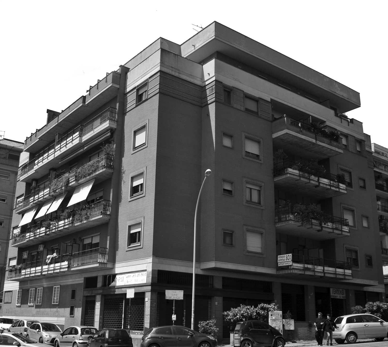 13 - Palazzina residenziale in via Luigi Arbib Pascucci, Roma - Vista esterna