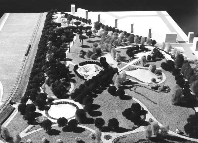 17 - Progetto urbano per la riqualificazione del Pratone delle Valli, Roma; in collaborazione - Vista del plastico