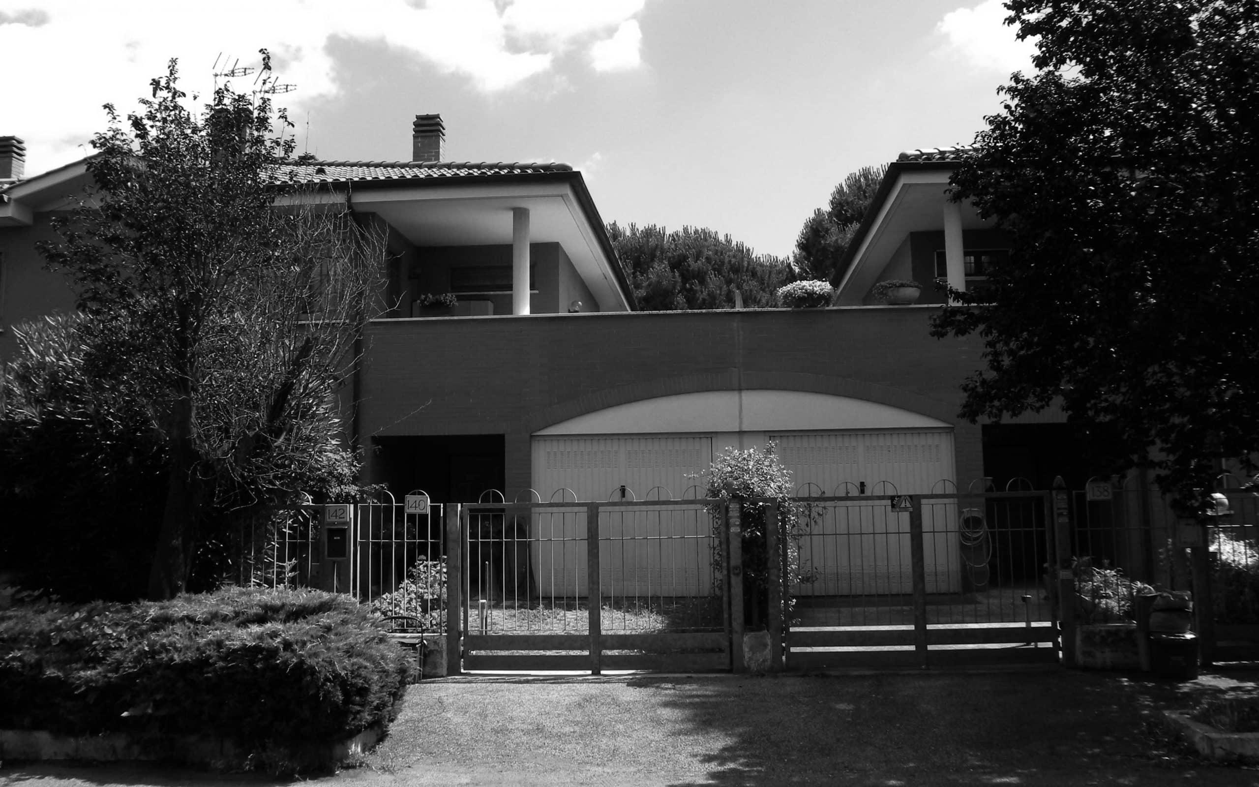 17 - Complesso residenziale di 21 villini a schiera nel PdZ Tor Bella Monaca, Roma - Vista esterna