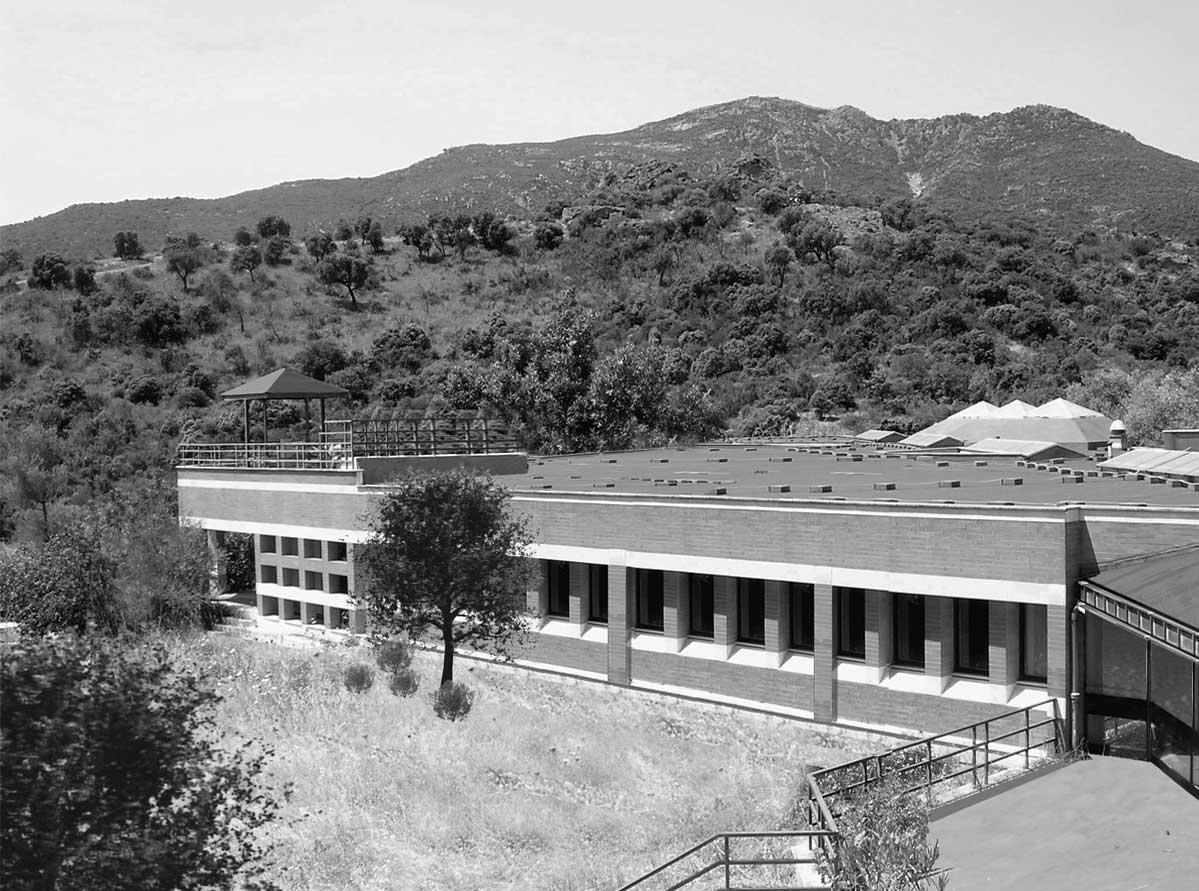 17 - Centro di ricerca per il controllo dei sistemi idrici Hydrocontrol, Capoterra (CA), per Consorzio Lotti SpA e Regione Sardegna; con A. Jatta - Vista esterna