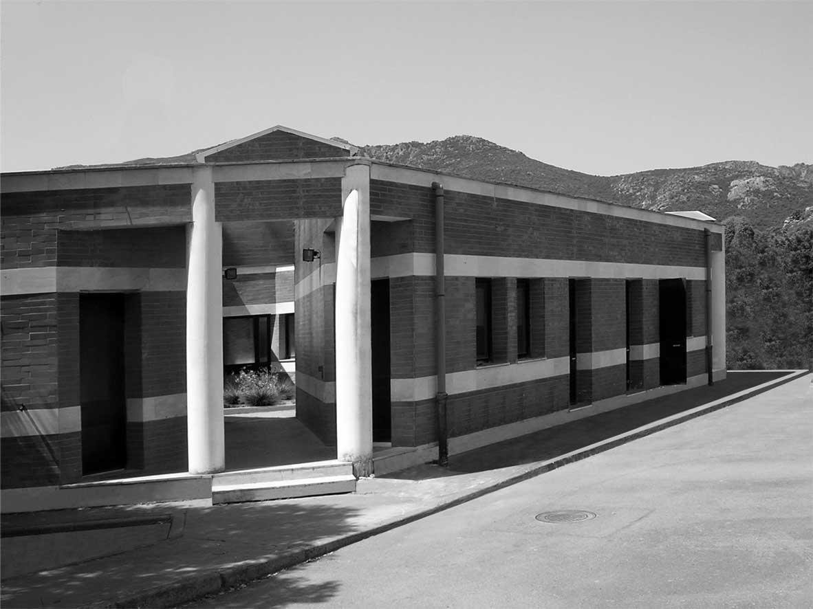 18 - Centro di ricerca per il controllo dei sistemi idrici Hydrocontrol, Capoterra (CA), per Consorzio Lotti SpA e Regione Sardegna; con A. Jatta - Vista esterna
