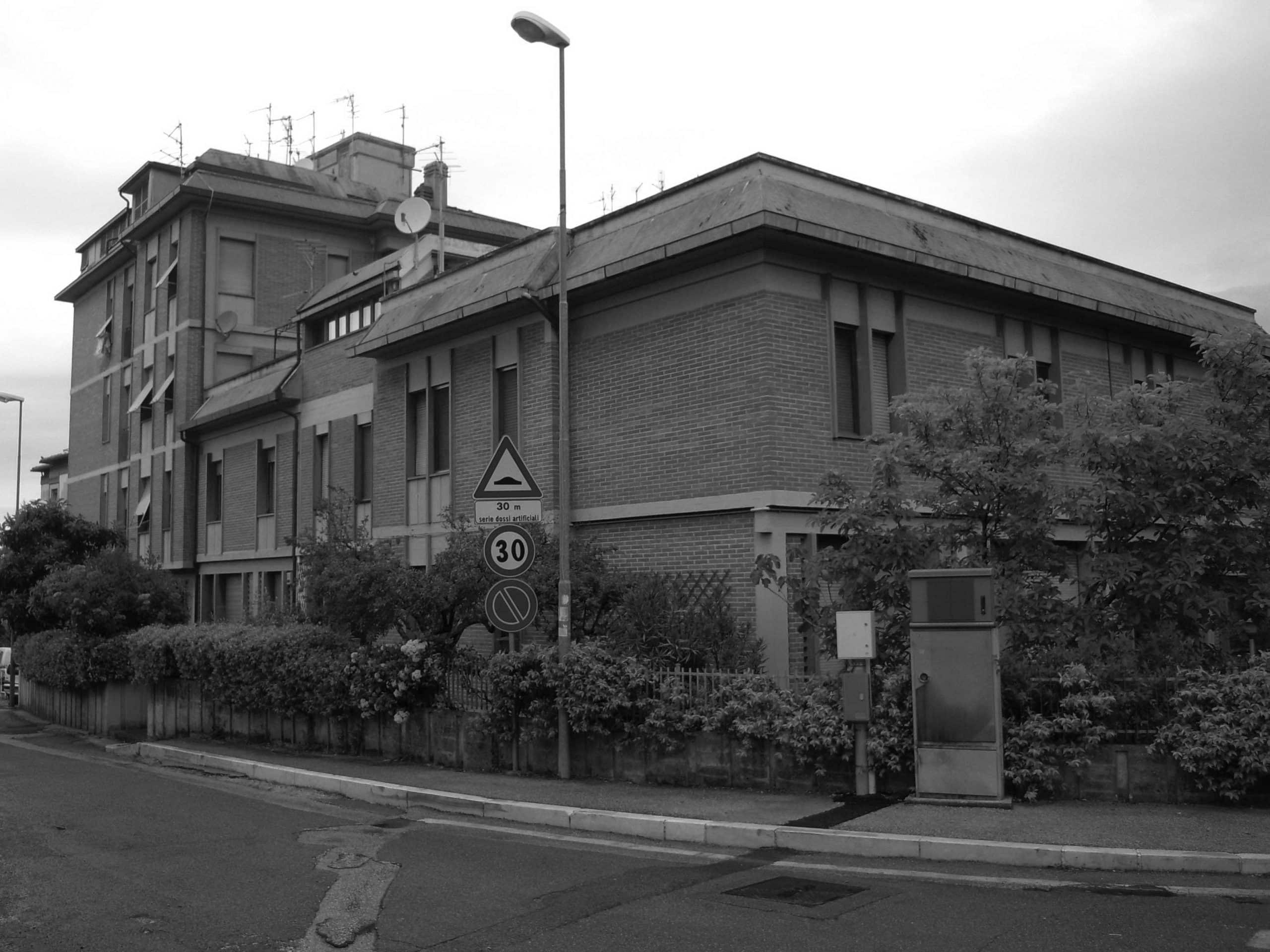 1 - Edificio per abitazioni in via Flaminia, Spoleto (PG) - Vista esterna