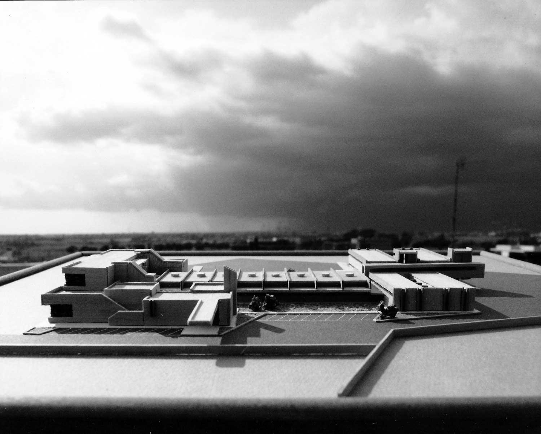 """21 - Progetto di massima della nuova sede operativa ASA - Assistenza Servizi Aeroportuali all'interno dell'Aeroporto """"Leonardo da Vinci"""", Fiumicino (RM) - Vista del plastico"""