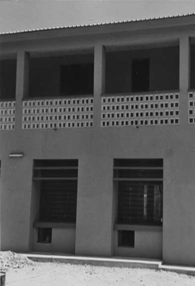20 - Edificio di Credito a Sedhiou (Senegal), per Inc SpA - Vista esterna di dettaglio