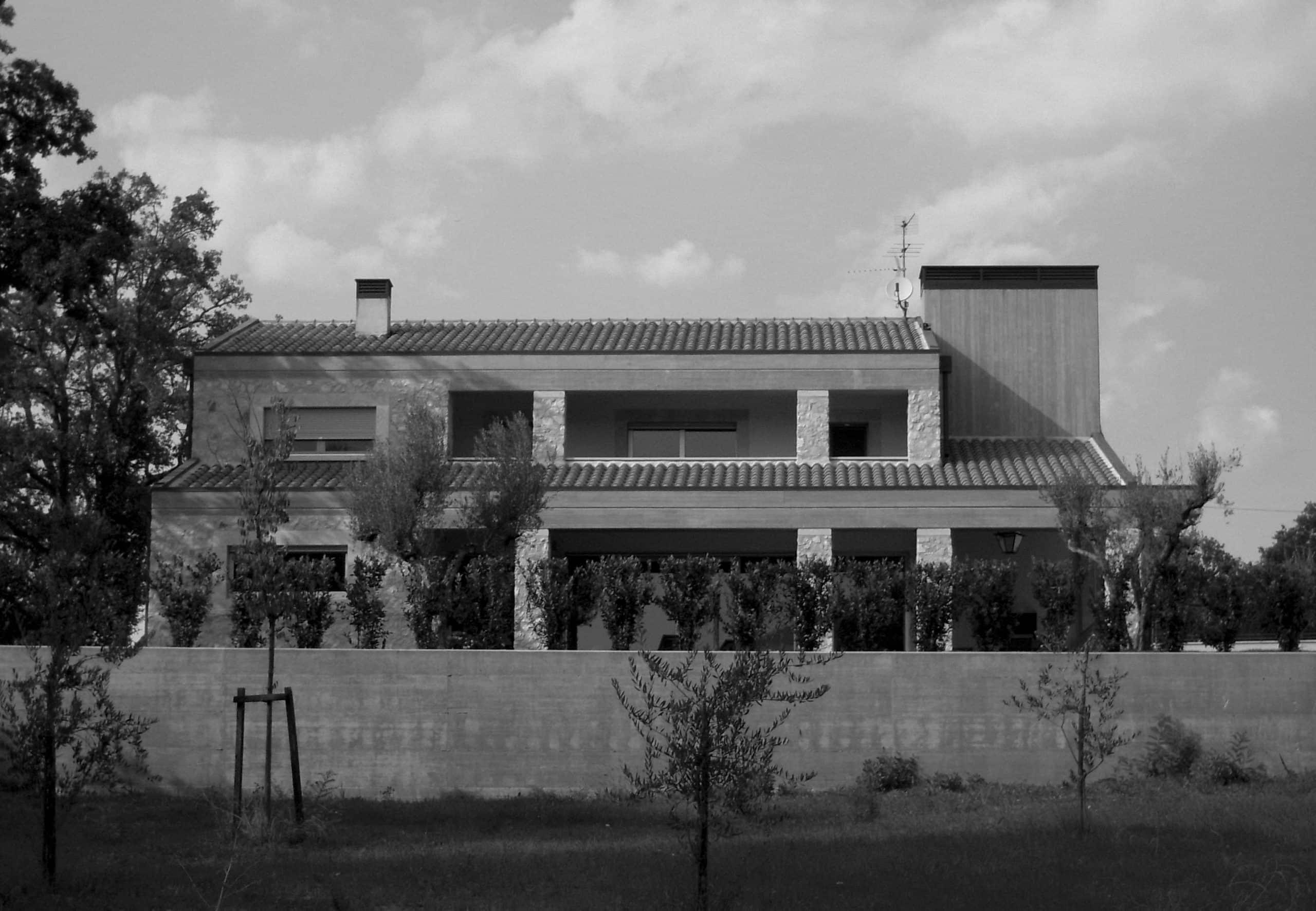 19 - Casa Scota sul colle di San Tommaso, Spoleto (PG) - Vista esterna