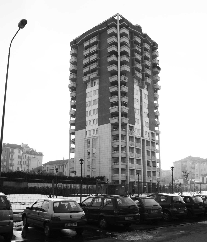 23 - Complesso residenziale con edificio a torre in viale Jenner, Milano, per Jenner Center Srl; con Spaggiari - Vista esterna