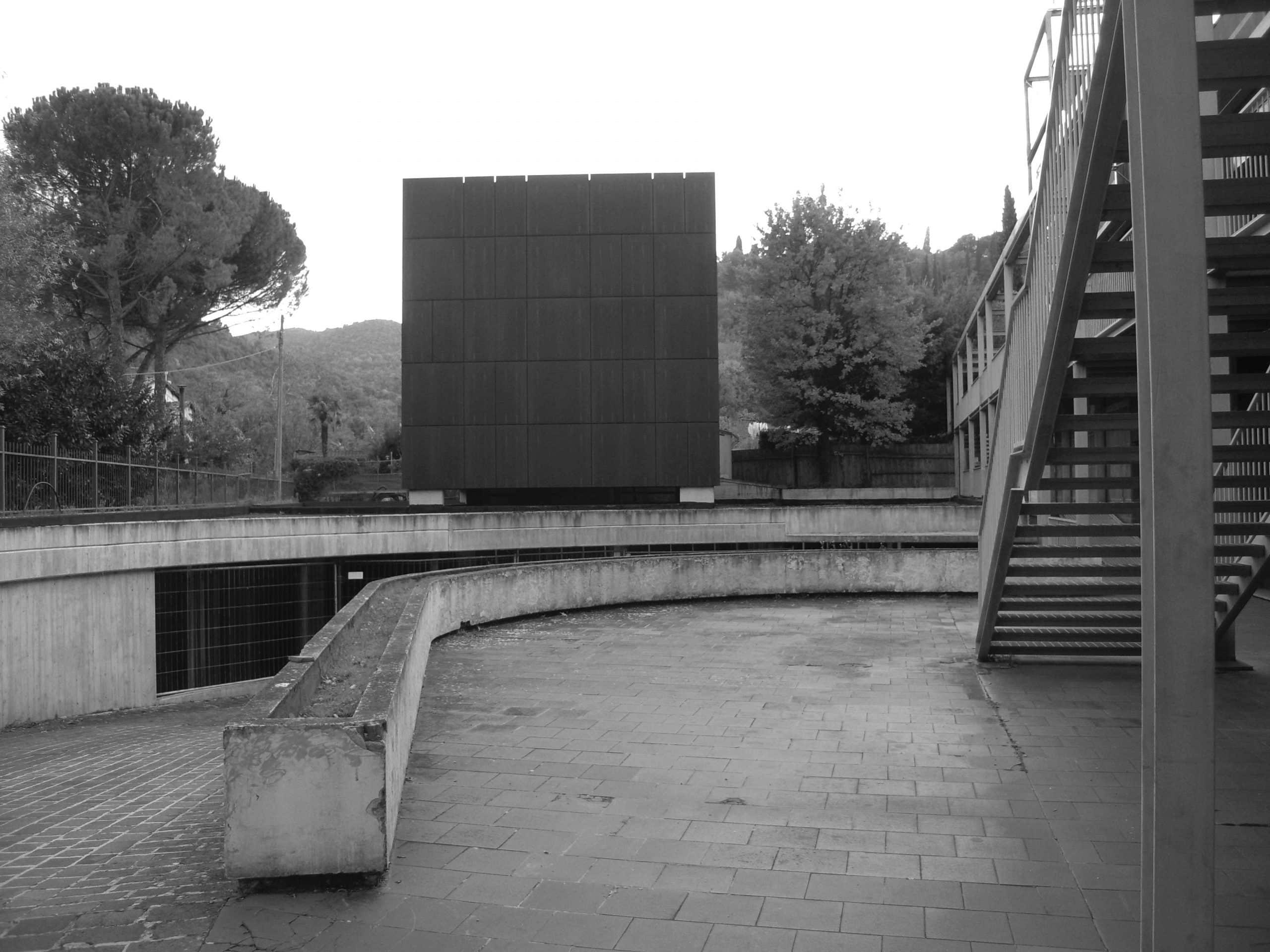 "24 -  Casa degli artisti ""Kubo"" annessa all'Hotel Albornoz, Spoleto (PG) - Vista esterna"