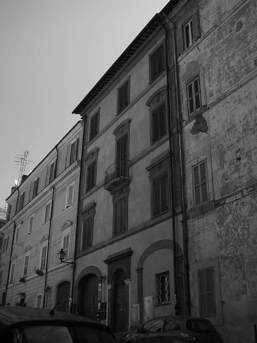 27 - Restauro del Palazzo Fumasoni Biondi in via Saffi, Albano Laziale (RM) - Vista esterna