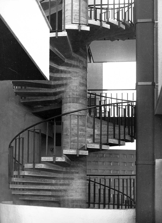 3 - Edificio per abitazioni in Civitavecchia (RM), per Impr. Fratelli Tito; in collaborazione - Vista di dettaglio