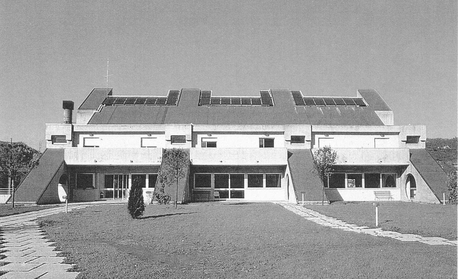 4 - Casa di riposo per anziani a S. Angelo in Vado (PU), per Amm.ne comunale - Vista esterna