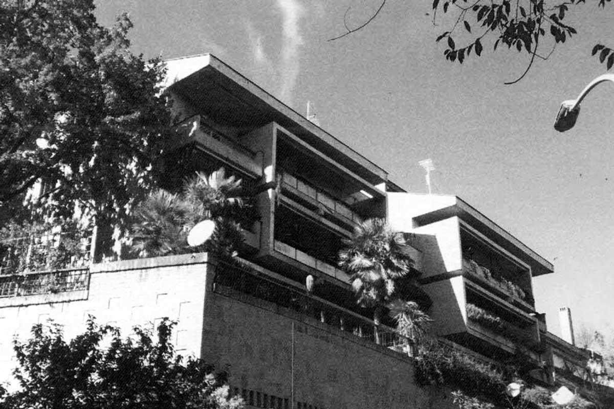 4 - Tre edifici a destinazione residenziale nella lottizzazione convenzionata NIR a Roma; con A. Sonnino - Vista esterna