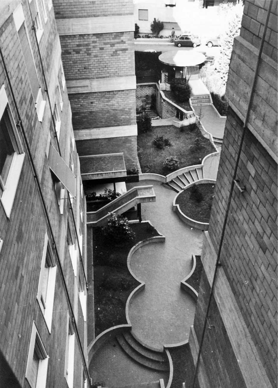 3 - Unità residenziale di 16 appartamenti in via G. Valmarana, Roma, per Gruel Srl - Vista del cortile