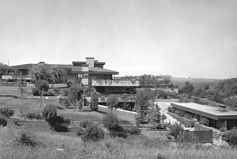 6 - Villa Giampaoli con arredo in via Gaudenzi, Roma; con E. Monti - Vista esterna