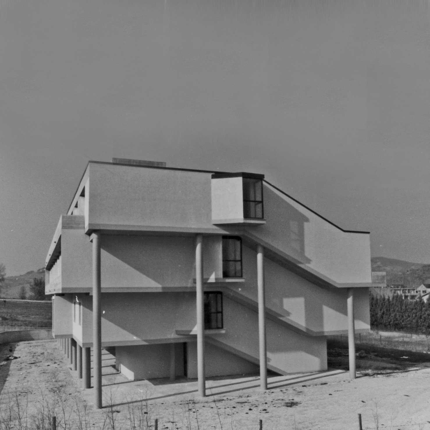 5 - Casa di riposo per anziani a S. Angelo in Vado (PU), per Amm.ne comunale - Vista esterna