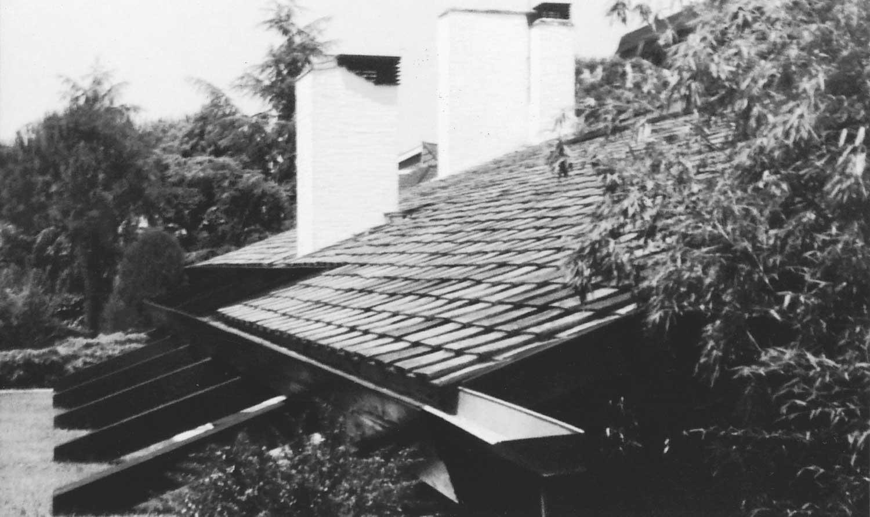 7 - Villa Grazzini in via Viggiano, Roma; con E. Monti - Vista esterna di dettaglio
